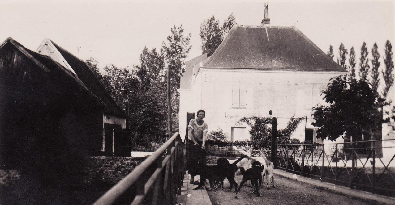 1924 - Le moulin vue du pont sans la maison actuelle mais une grange